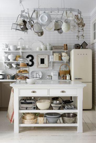 leila lindholm s kitchen nordic bliss. Black Bedroom Furniture Sets. Home Design Ideas