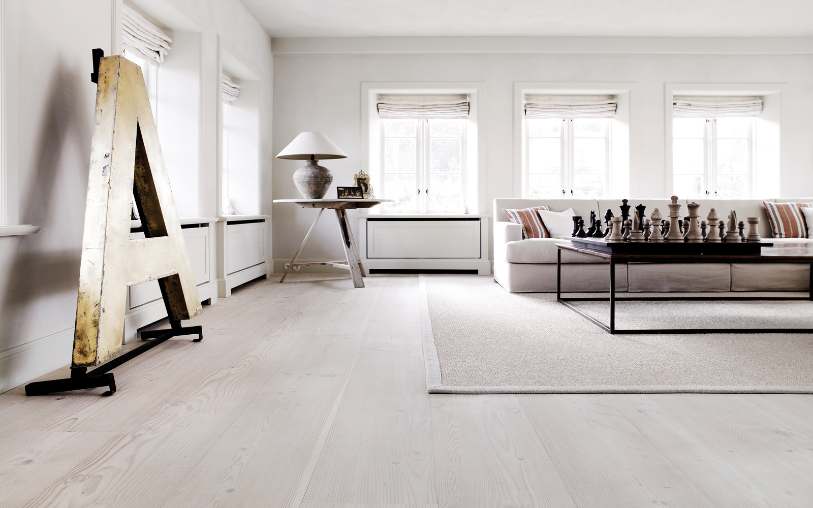 Wooden floor nordic bliss for Interior design styles wood